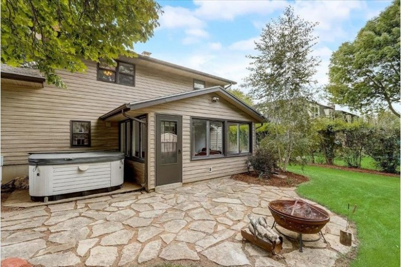 1218 Baitinger Ct Sun Prairie, WI 53590 by Realty Executives Cooper Spransy $339,000