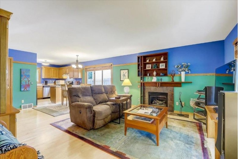 5 Newbury Cir Madison, WI 53711 by First Weber Real Estate $300,000