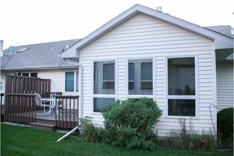 26 Fairview Tr Waunakee, WI 53597 by First Weber Real Estate $299,900