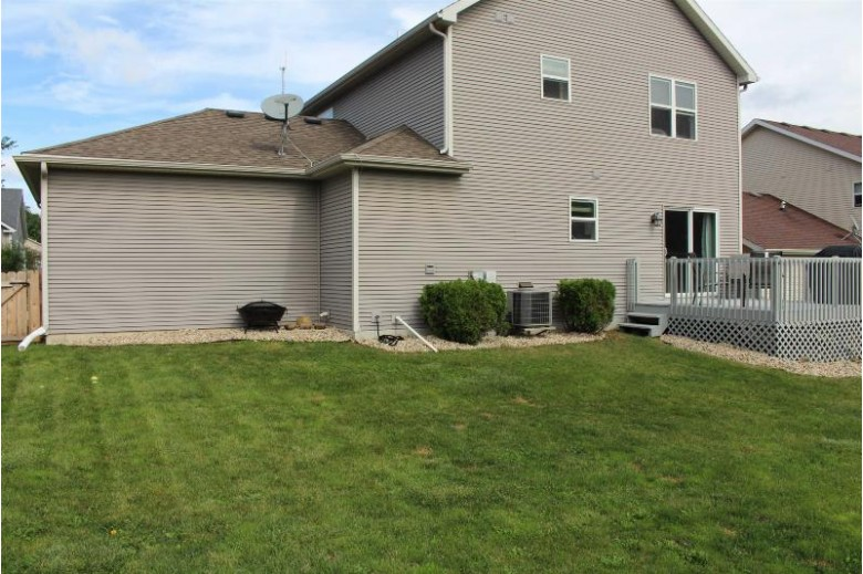 8917 Snowberry Ln Verona, WI 53593 by Home Connection Realty $379,900
