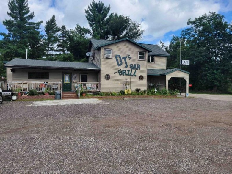 2945 W 14th Ln, Wisconsin Dells, WI by Pavelec Realty $274,900