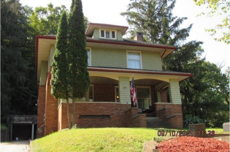 499 E 2nd St, Richland Center, WI by Century 21 Complete Serv Realty $199,900