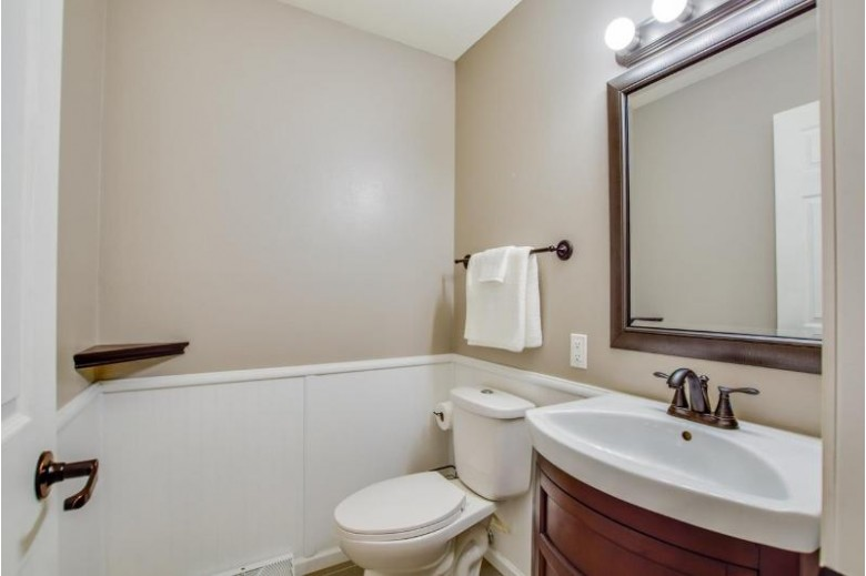 1 Beihoffer Ct Madison, WI 53719 by First Weber Real Estate $340,000