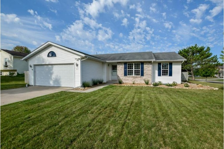 241 Ridgeview Dr Lake Mills, WI 53551 by Badger Realty Team $299,000
