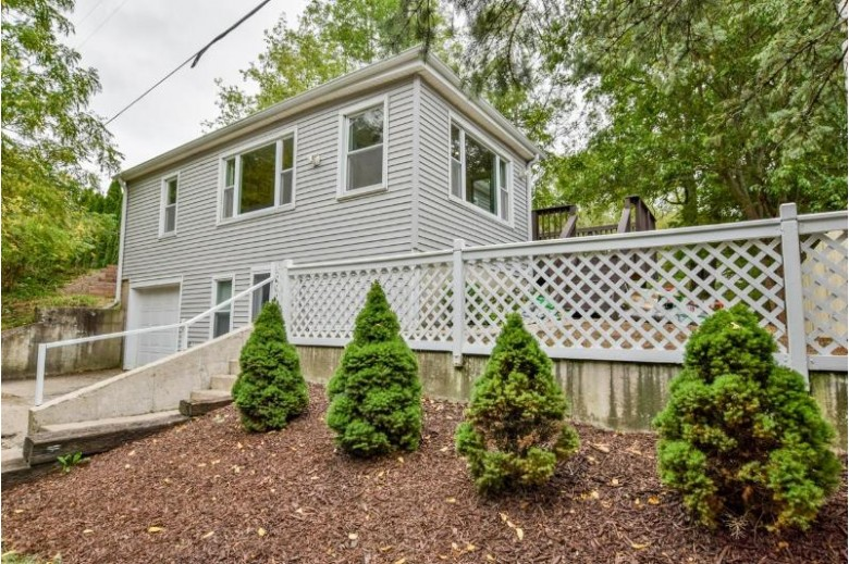 3401 W County Road M Edgerton, WI 53534 by First Weber Real Estate $169,900