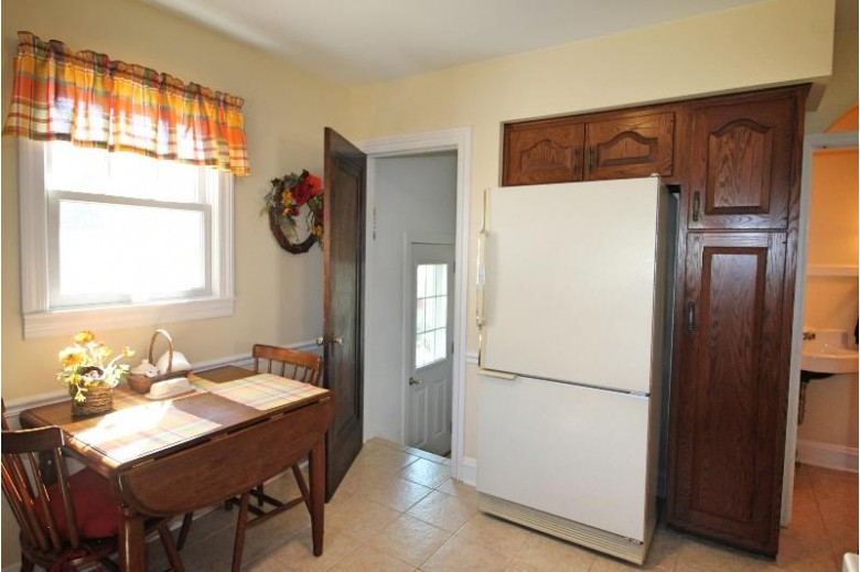 1208 Grace St, Janesville, WI by Briggs Realty Group, Inc $225,000