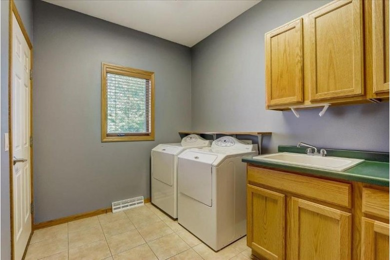 1503 Kentlands Ct Waunakee, WI 53597 by First Weber Real Estate $514,900