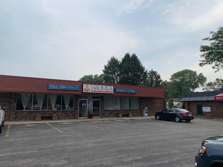900-924 Windsor St Sun Prairie, WI 53590 by First Weber Real Estate $2,900,000