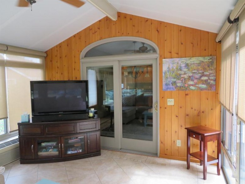 3525 Coventry Dr Janesville, WI 53546 by Century 21 Affiliated $374,900