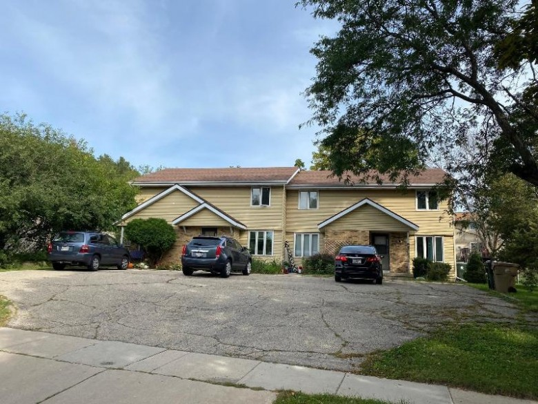 4562 Mccann Rd Madison, WI 53714 by First Weber Real Estate $495,000