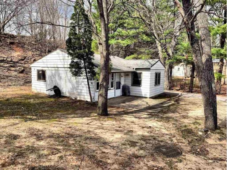 767 E Hiawatha Dr Wisconsin Dells, WI 53965 by First Weber Real Estate $75,000