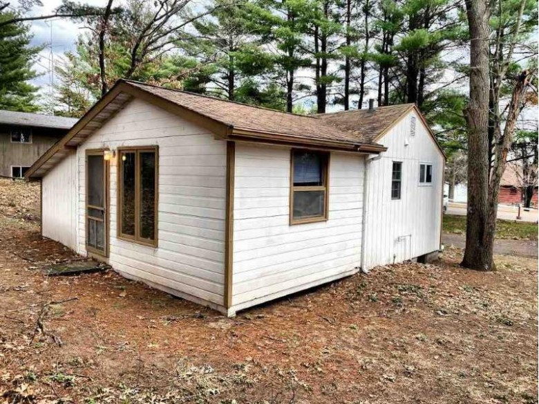 785 E Hiawatha Dr Wisconsin Dells, WI 53965 by First Weber Real Estate $110,000