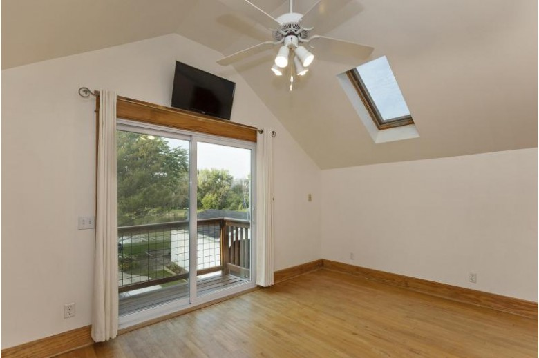 523 E Milwaukee Ave Fort Atkinson, WI 53538-2349 by Artisan Graham Real Estate $320,000