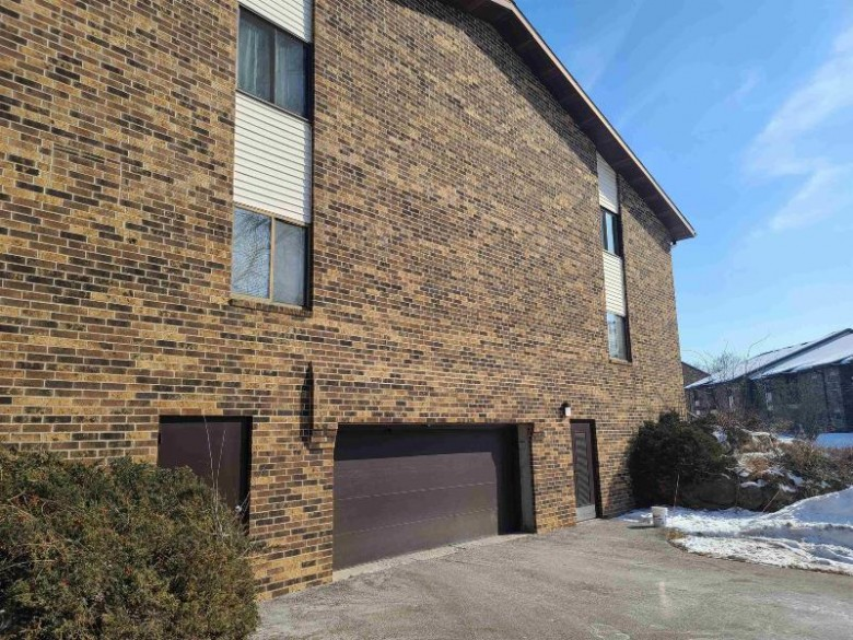 1015 N Sunnyvale Ln D Madison, WI 53713 by First Weber Real Estate $140,000