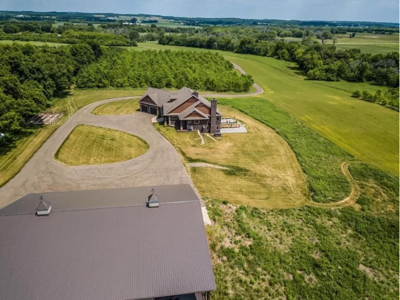 N8217 County Road X Belleville, WI 53508 by First Weber Real Estate $959,000