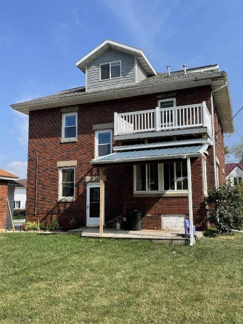 1015 25th Ave Monroe, WI 53566 by First Weber Real Estate $192,000