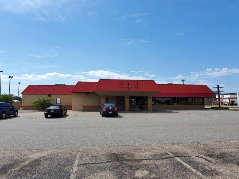 1821 8th Street South, Wisconsin Rapids, WI by North Central Real Estate Brokerage, Llc $499,000