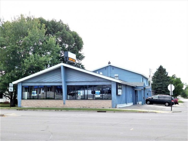 1000 S 17th Avenue, Wausau, WI by Coldwell Banker Action $695,000