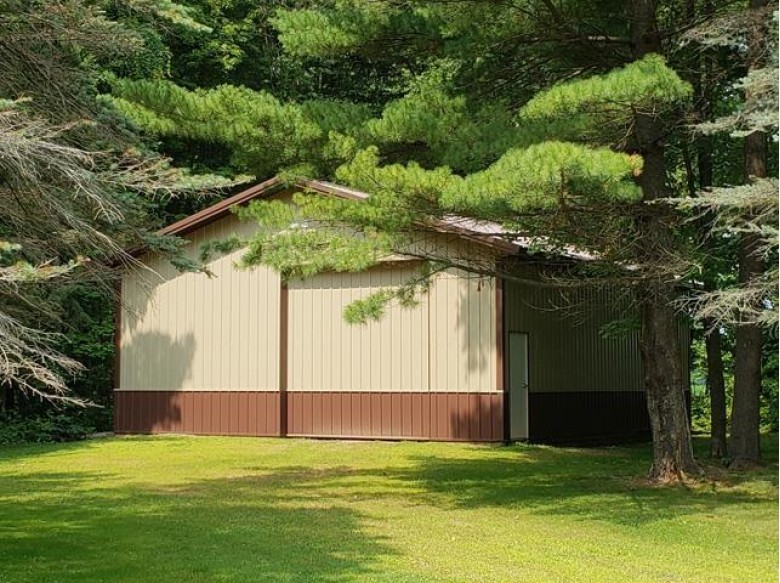 200890 Robin Road, Marshfield, WI by Re/Max American Dream $495,000