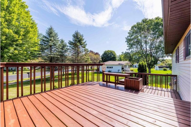 501 S Holly Avenue Marshfield, WI 54449 by First Weber Real Estate $199,900