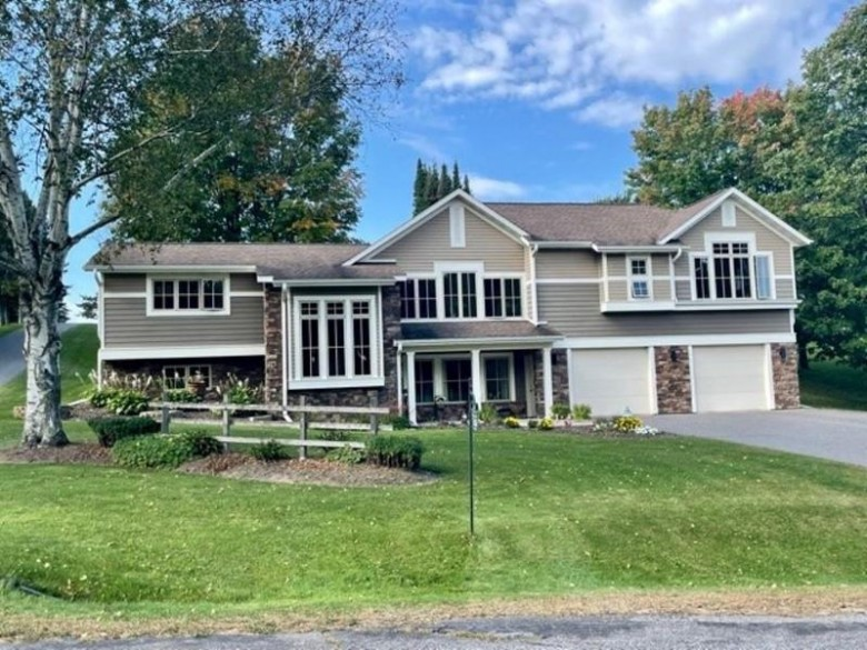 5200 N 60th Avenue Wausau, WI 54401 by Coldwell Banker Action $432,900