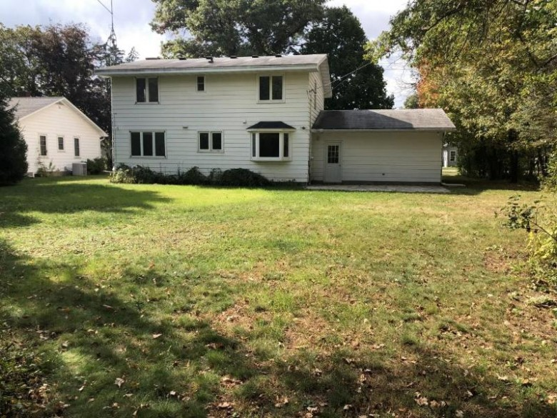 1125 Green Avenue Stevens Point, WI 54481 by First Weber Real Estate $199,900