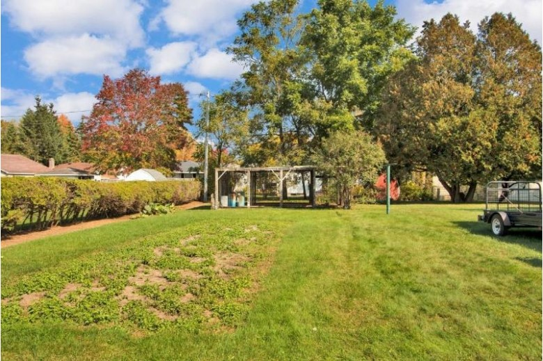 332 W Clark Street Stevens Point, WI 54481 by First Weber Real Estate $125,000