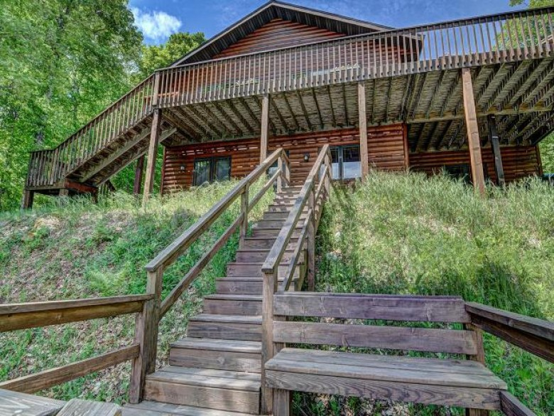 7420 Mcdowell Rd, Presque Isle, WI by Lakeplace.com - Vacationland Properties $574,900