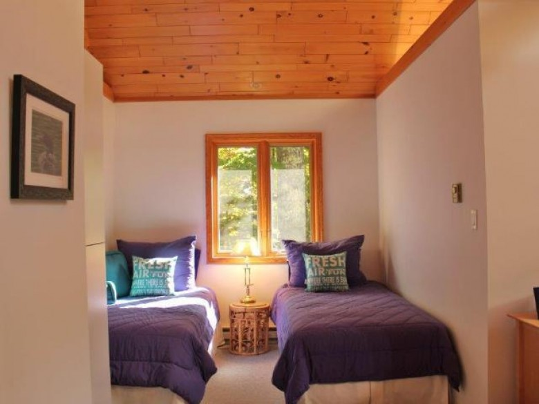 7582 West Shore Dr, Presque Isle, WI by Coldwell Banker Mulleady - Mnq $879,000