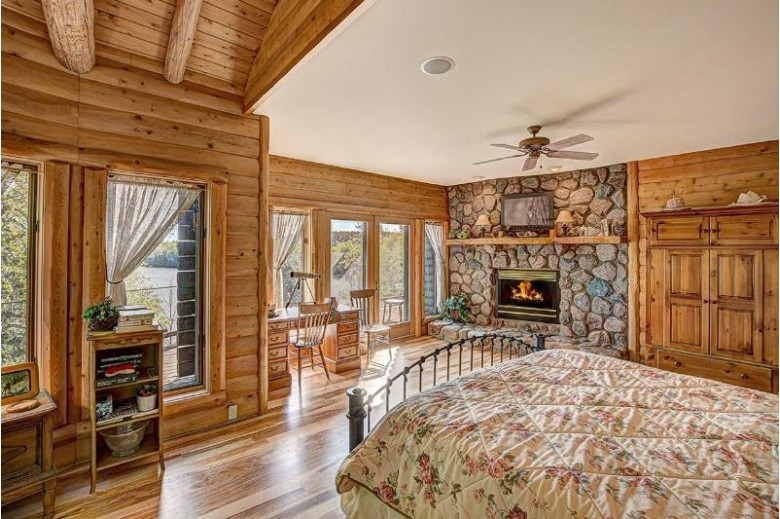 2140 Richardson Lake Rd Freedom, WI 54566 by First Weber Real Estate $4,250,000