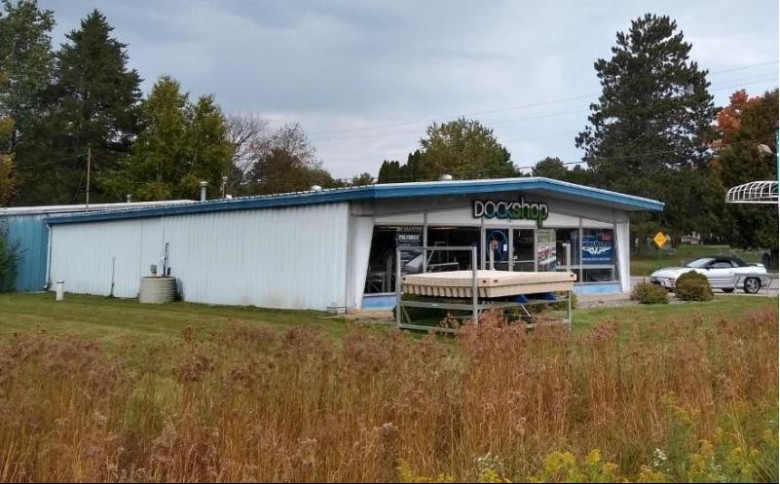 1421 Lincoln St, Rhinelander, WI by First Weber Real Estate $380,000