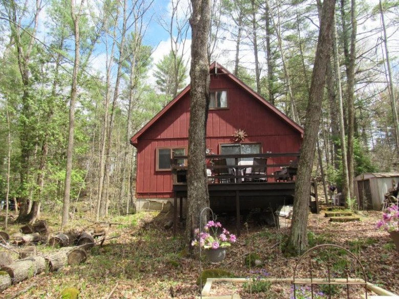 14443 River Rd, Mountain, WI by Hanson Realty, Inc $162,000