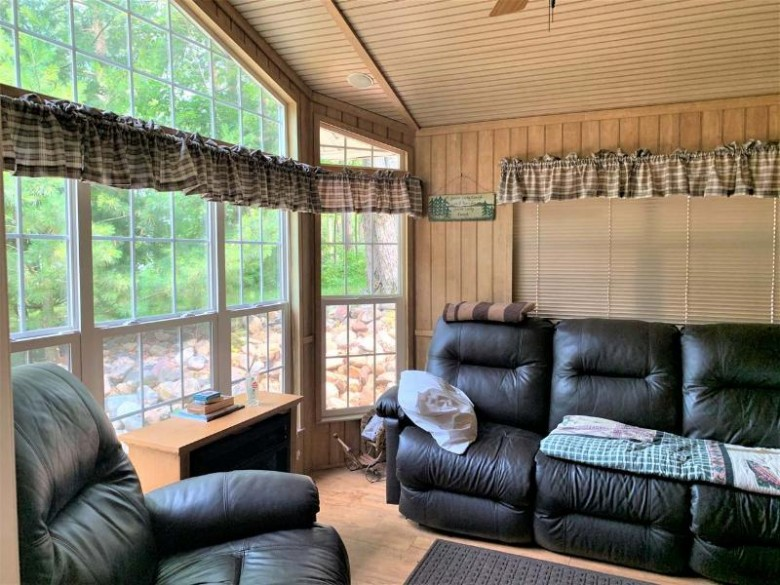 2816 Lake George Rd E, Pelican, WI by Re/Max Excel $139,000