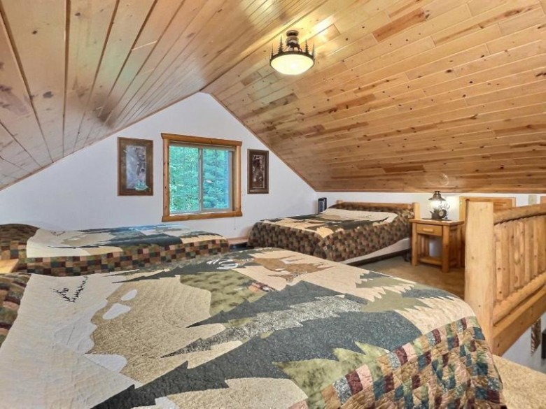 2431 Country Ln, Phelps, WI by Eliason Realty Of The North/Er $269,000