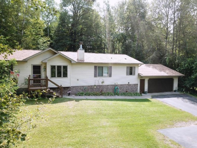 3143 Wildflower Bay Rd, Pelican, WI by First Weber Real Estate $274,500