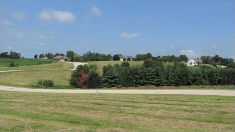 LOT 17 16th Fairway Dr, Viroqua, WI by United Country - Oakwood Realty $36,900