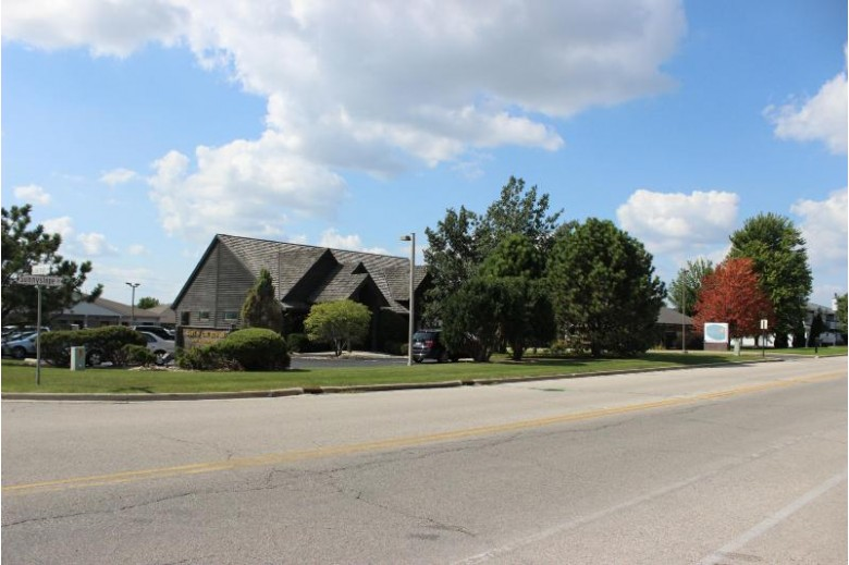 1139 S Sunnyslope Dr Mount Pleasant, WI 53406-3998 by First Weber Real Estate $10