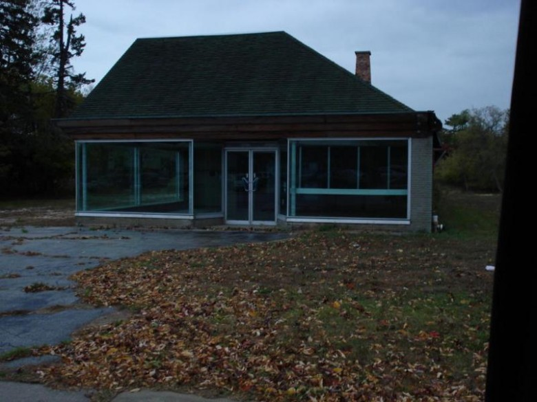 3000 Forest Ave, Two Rivers, WI by Choice Commercial Real Estate Llc $299,000