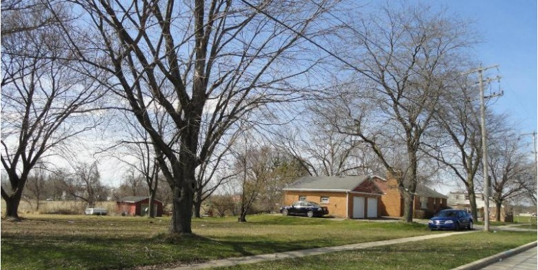 7528 70th, Kenosha, WI by Pitts Brothers & Associates, Llc $380,000