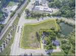828 E Wisconsin Ave, Oconomowoc, WI by Lakefront Realty, Llc $559,000