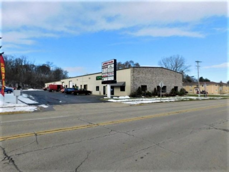 517 N Lake Ave, Twin Lakes, WI by Keller Williams North Shore West $650,000