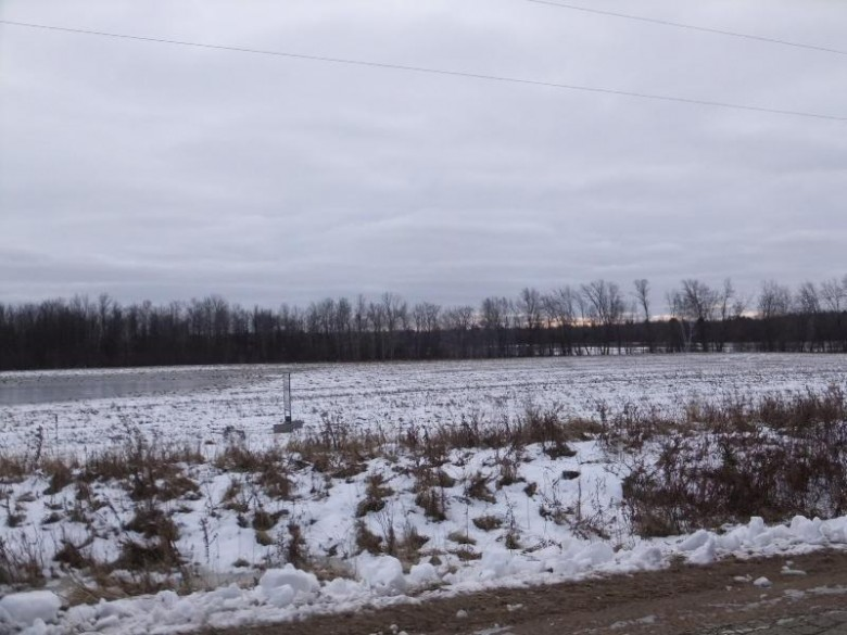 11.68 Ac 3.5 Rd, Menominee, MI by Broadway Real Estate $30,000