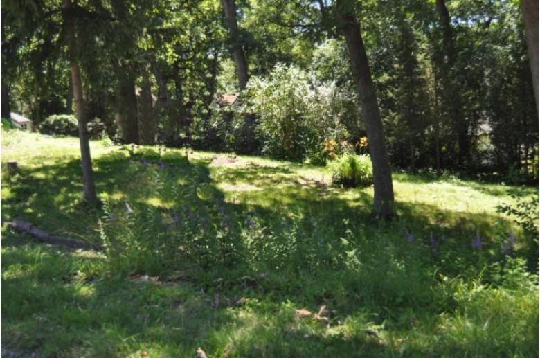 LT1 Hillcrest Dr, Burlington, WI by Re/Max Premier Properties $39,000