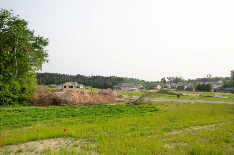 604 Grand Meadow Dr, Holmen, WI by Re/Max Results $59,900
