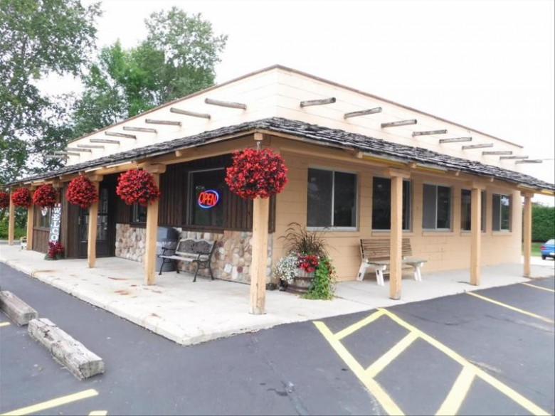 2013 N Rapids Rd, Manitowoc, WI by Century 21 Aspire Group $249,000