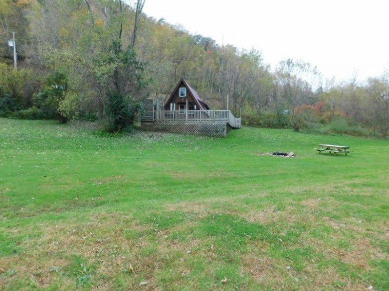 S857 State Road 61, Readstown, WI by Simonson Real Estate & Auction $115,500