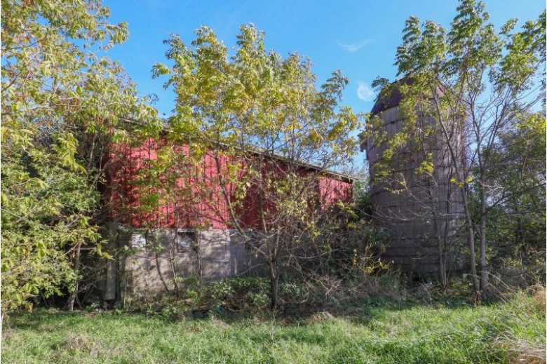 2200 67th Dr, Union Grove, WI by Berkshire Hathaway Homeservices Metro Realty-Racin $425,000