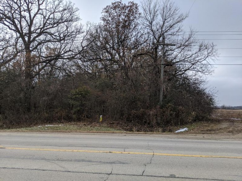 5300 Hwy H, Franksville, WI by Jasperson Realty $199,900