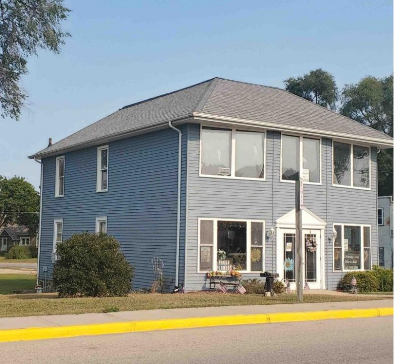 401 Grove St 148 MAIN ST, Sullivan, WI by Re/Max Realty Center $179,000