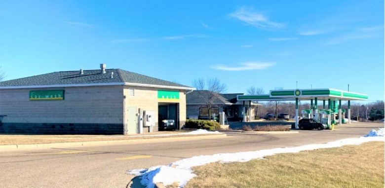 1136 E Commerce Blvd, Slinger, WI by Shorewest Realtors, Inc. $1,200,000